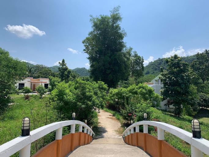 Khun Khao Tamnan Prai Resort, Muang Ratchaburi