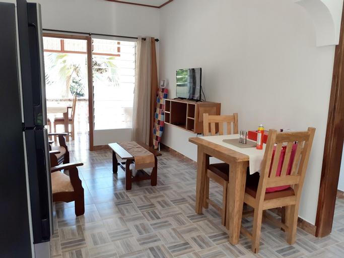 Apartment With one Bedroom in Baie Sainte Anne, With Wonderful sea Vie,