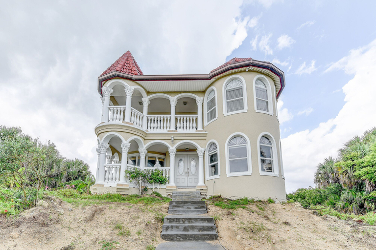 Castle by the Sea by Vtrips, Flagler