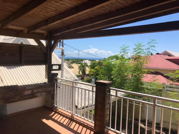 Studio in Sainte-anne, With Terrace and Wifi, Sainte-Anne