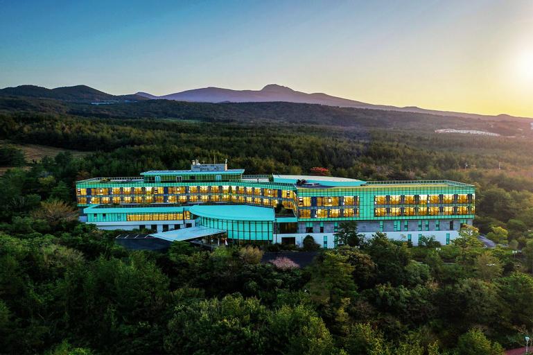 The We Hotel, Seogwipo
