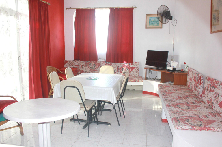 Apartment With 2 Bedrooms in Pereybere, With Enclosed Garden and Wifi - 200 m From the Beach,