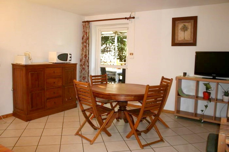 House With one Bedroom in Sainte-clotilde, With Wonderful Mountain View, Enclosed Garden and Wifi - 30 km From the Beach, Saint-Denis