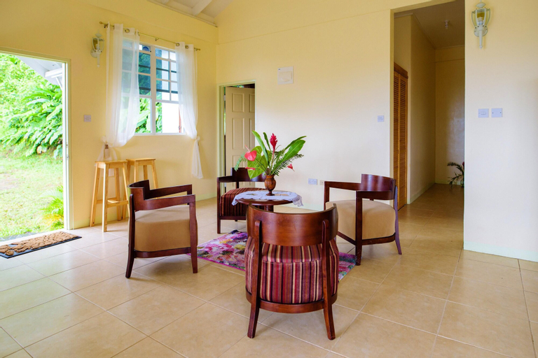 House With 2 Bedrooms in Roseau Vallée, With Wonderful sea View, Furni,