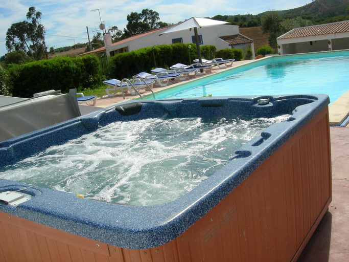 House With one Bedroom in Grândola, With Wonderful Mountain View, Pool Access, Furnished Garden, Grândola