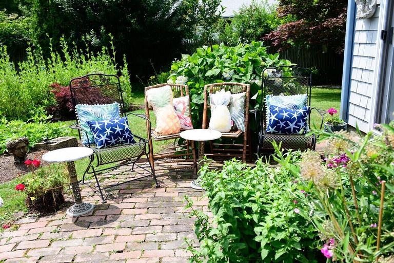 Gardenview Bed and Breakfast, Newport