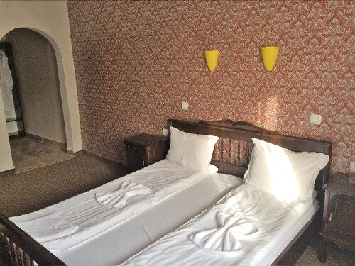Park Hotel Ribaritsa, Teteven