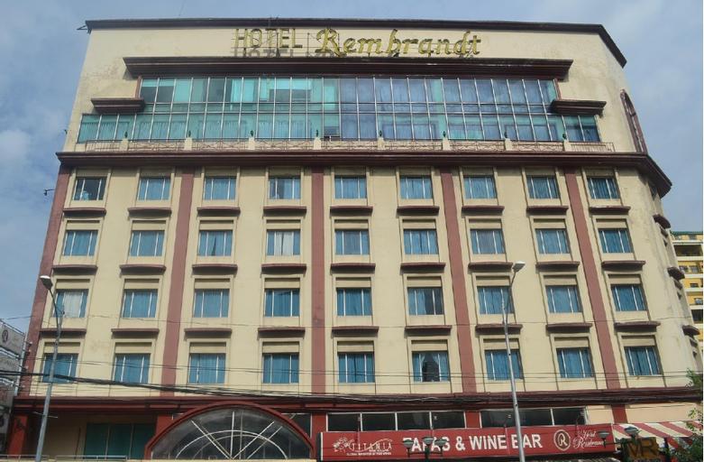 Hotel Rembrandt Quezon City, Quezon City