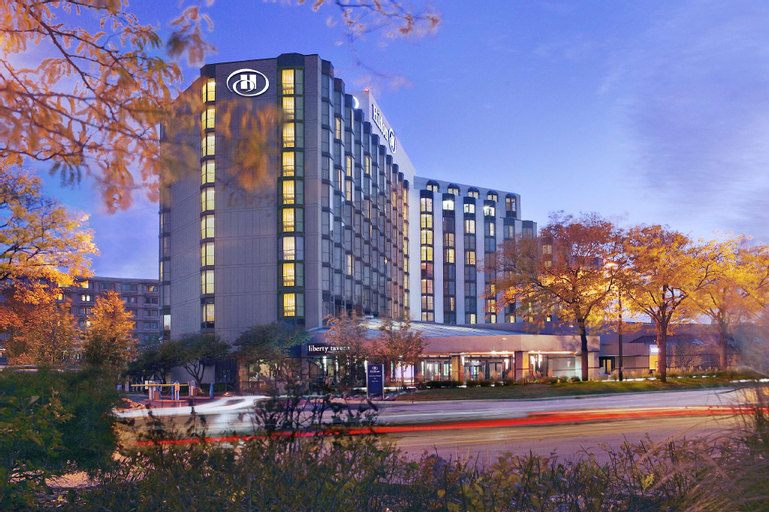 Hilton Rosemont Chicago O'Hare, Cook