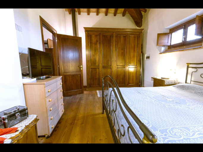 Villa With 3 Bedrooms in Montecampano, With Wonderful Mountain View, Private Pool, Furnished Garden, Terni