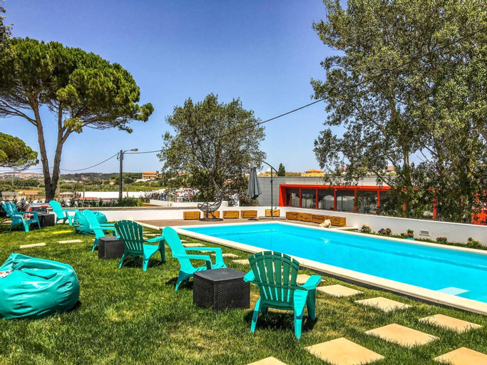 House With 2 Bedrooms in Atalaia, With Shared Pool, Enclosed Garden and Wifi - 3 km From the Beach, Lourinhã