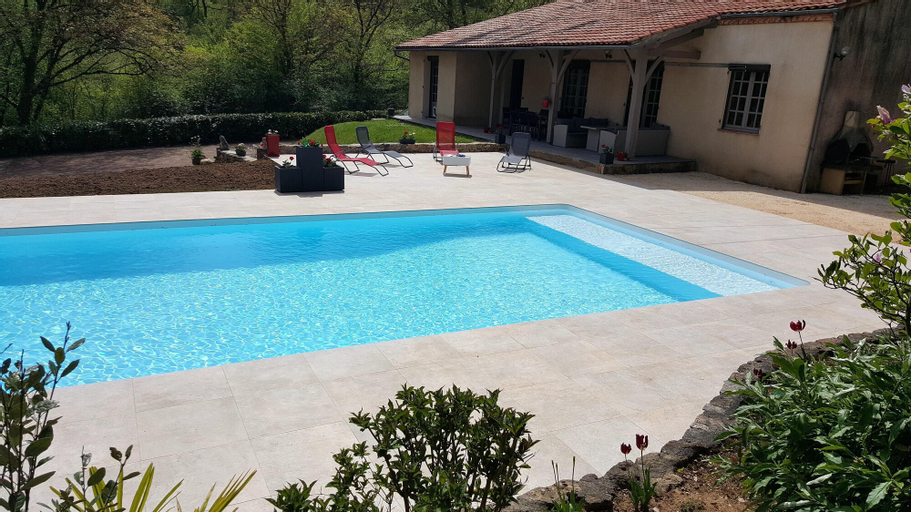 Villa With 3 Bedrooms In Fumel, With Private Pool, Furnished Garden And Wifi, Lot-et-Garonne