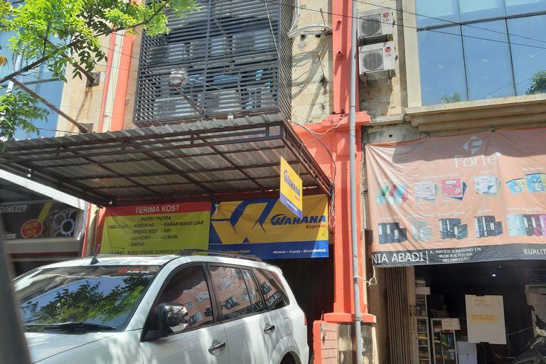 SPOT ON 90148 Gosepa Mayjend Sungkono, Surabaya