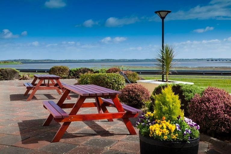 Park Inn by Radisson Shannon Airport, Diepholz