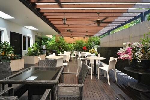 Garden Terrace Hotel, Bedok