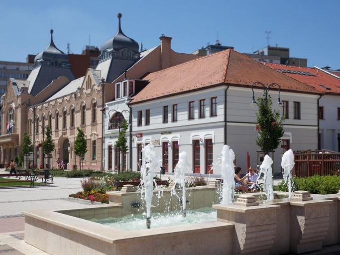 Erzsebet Kiralyne Hotel, Gödöllő