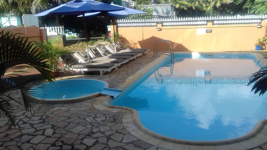 Studio in Pointe aux Piments, With Shared Pool, Balcony and Wifi - 200 m From the Beach,