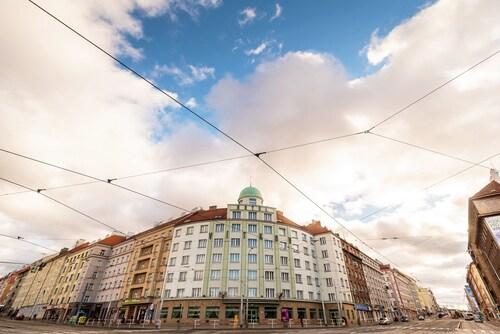 Hotel Vitkov Prag, Praha 8