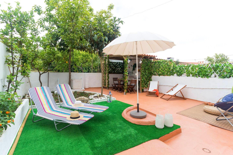 House With 2 Bedrooms in Seixal, With Enclosed Garden and Wifi, Seixal