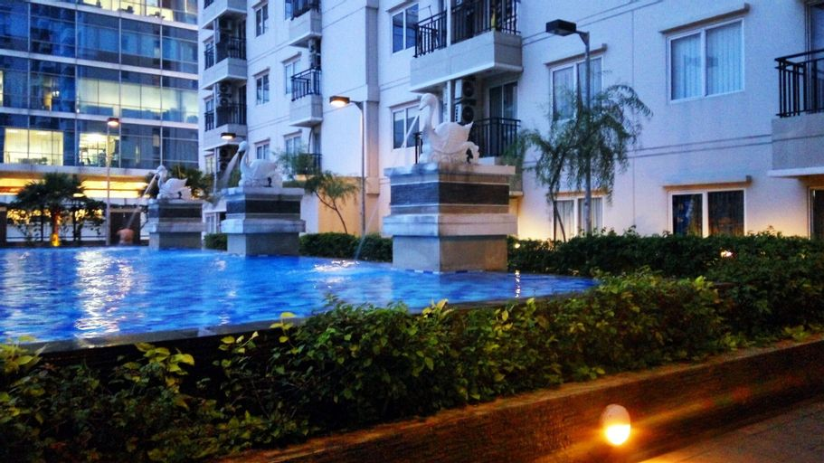 Relaxing Studio Signature Park Apartment By Travelio, South Jakarta