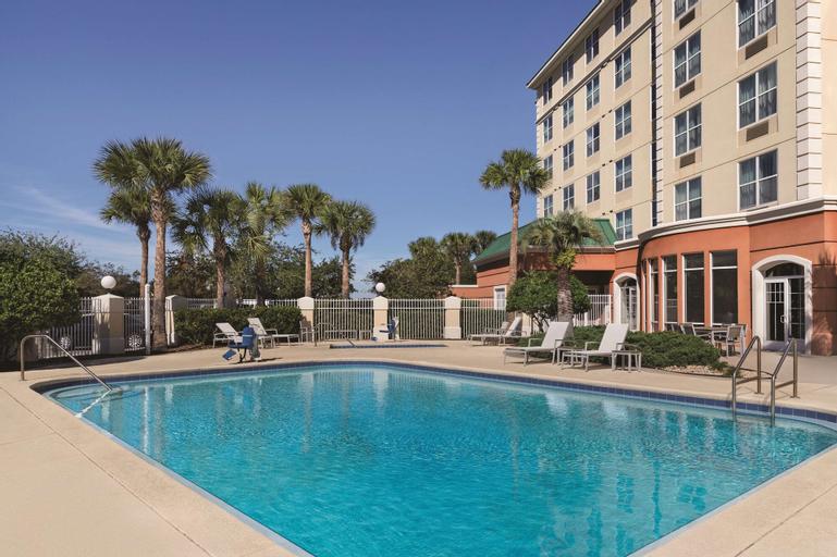 Country Inn & Suites by Radisson, Orlando Airport, FL, Orange