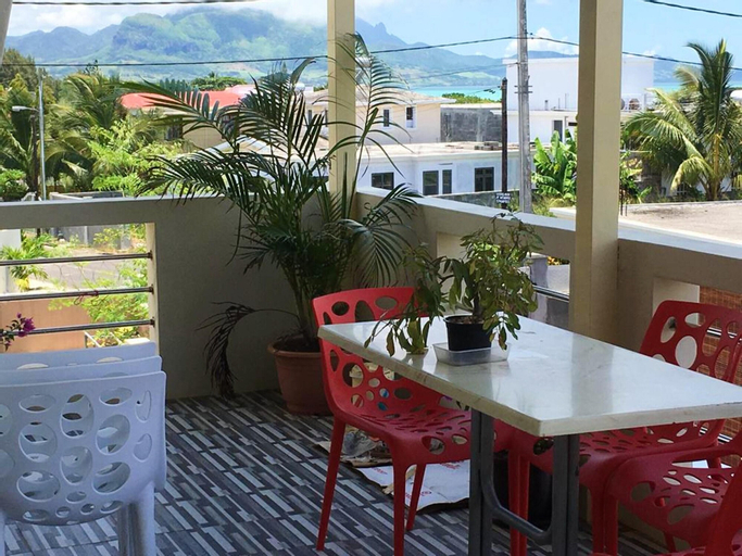 Apartment With 4 Bedrooms in Mahébourg, With Wonderful sea View, Enclo,