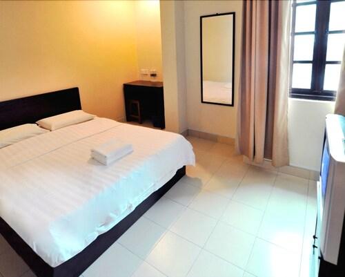 Place2Stay - City Centre, Kuching