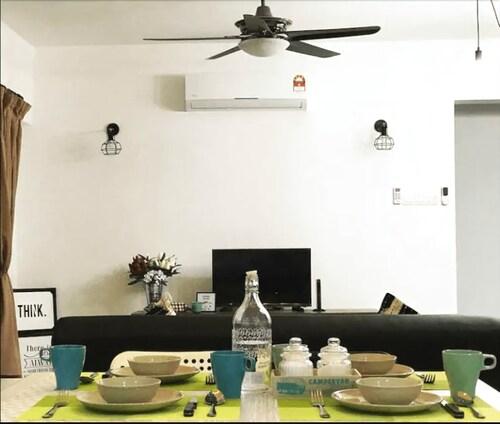 Desa Kiara Cozy Condo by SYNC, Kuala Lumpur
