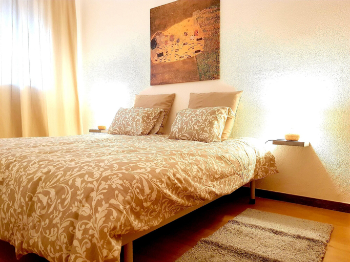 Apartment With 2 Bedrooms in Almada, With Furnished Terrace and Wifi -, Almada