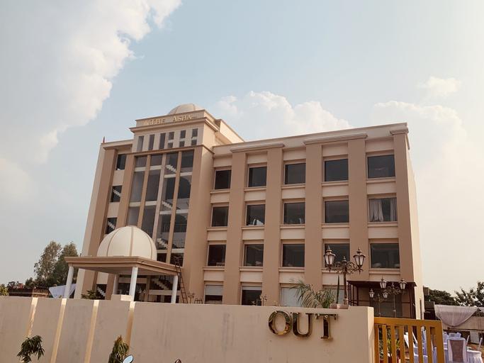 The Asha Basti - AM Hotel Kollection, Basti