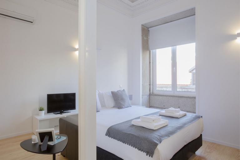Liiiving - Miguel Bombarda Apartment, Porto