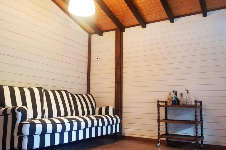 Chalet With 2 Bedrooms in Carvalhal, Albergaria-a-velha, With Shared Pool, Furnished Balcony and Wifi, Albergaria-a-Velha