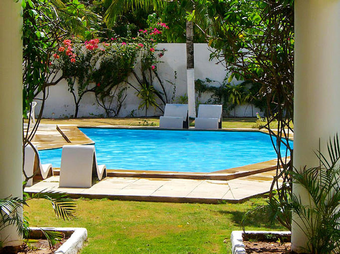 Villa With 4 Bedrooms in Cumbuco, With Wonderful sea View, Private Pool, Furnished Garden - 80 m From the Beach, Caucaia