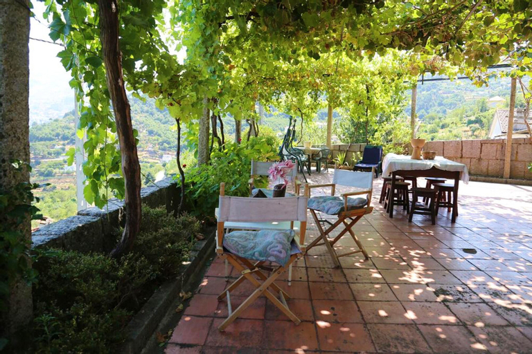 House With 2 Bedrooms in Resende, With Wonderful Mountain View, Balcony and Wifi, Resende