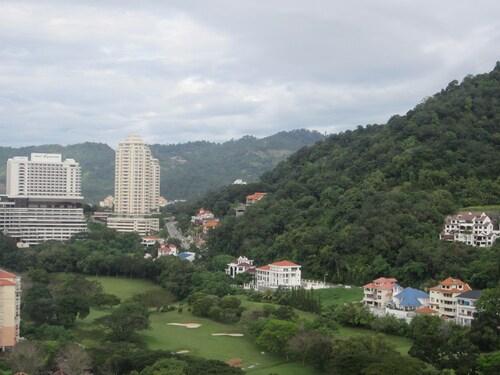 The CEO Duplex SOHO Suite, Pulau Penang