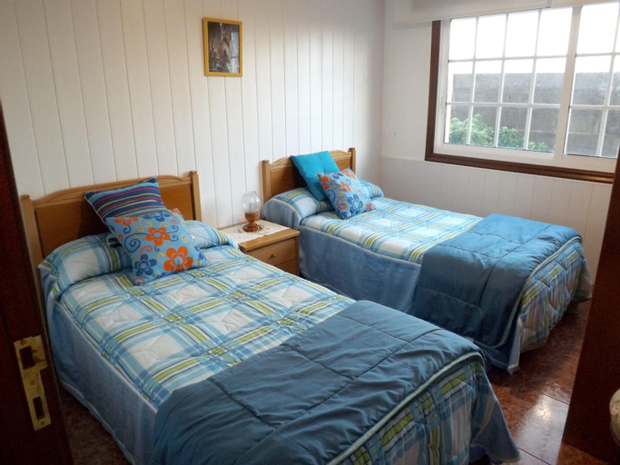 House With 3 Bedrooms in Camposancos, With Wonderful Mountain View, Furnished Garden and Wifi - 200 m From the Beach, Caminha