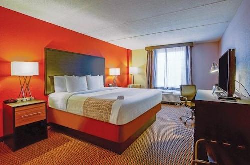 Hotel Runnemede, Camden