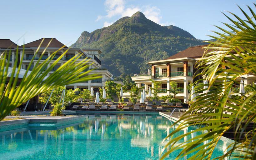 Savoy Resort and Spa,