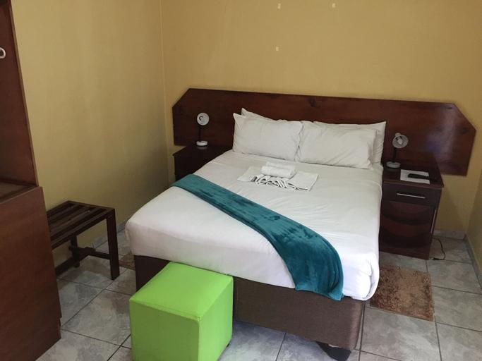 Island Avenue Guest House, Tutume