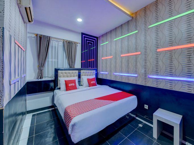 OYO 4010 Zaara Guest House Syariah, Padang