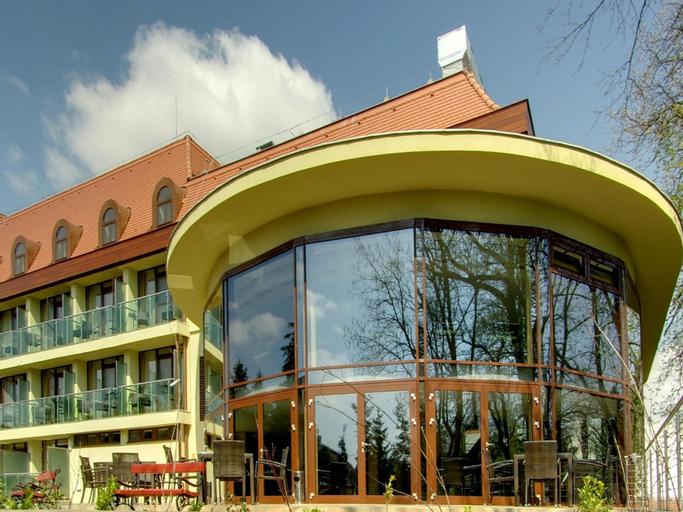 Family Wellness Hotel Gyula, Gyulai