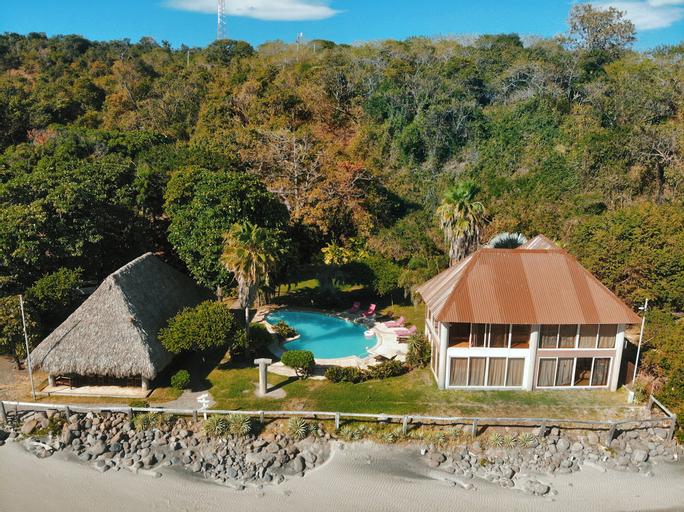 Punta Mango Surf & Beachfront Resort, Jucuarán