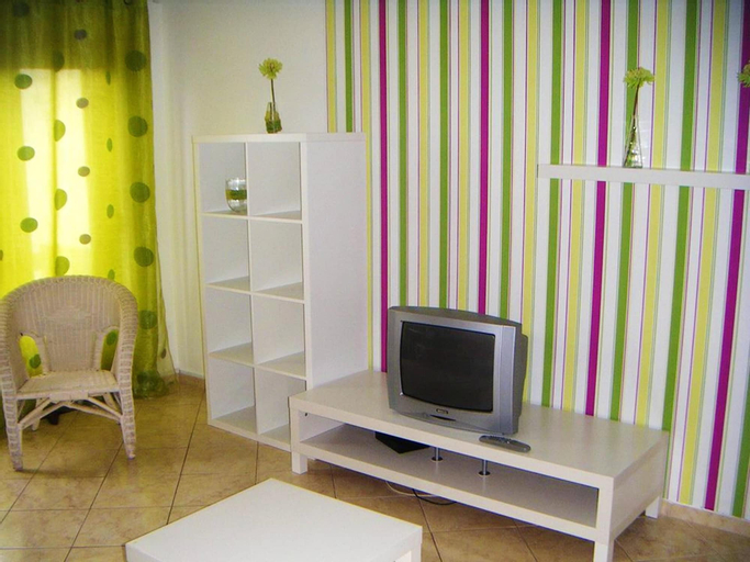 House With 2 Bedrooms in Peniche, With Wonderful City View, Balcony an, Peniche