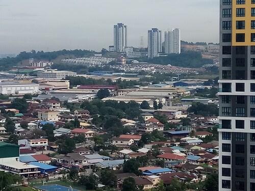 One Amerin Mall Residence Balakong, Hulu Langat