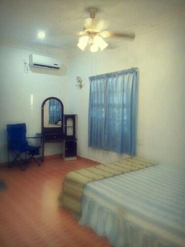 D' Kuala Resort, Pasir Putih