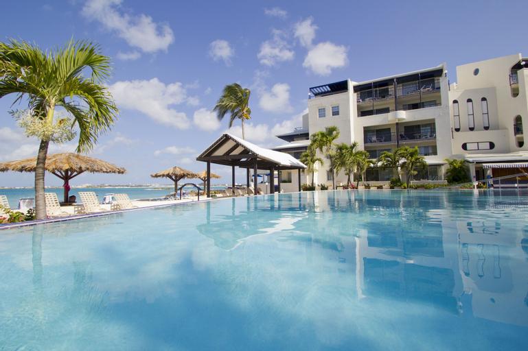 Flamingo Beach Resort by Diamond Resorts,