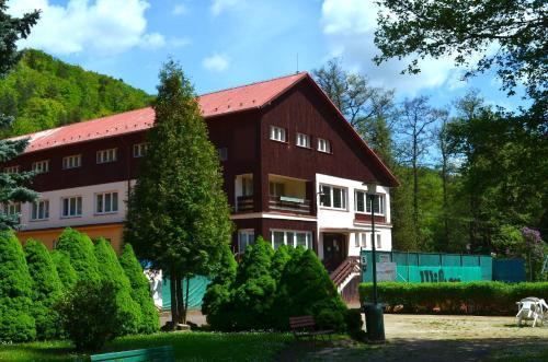 Sport Hotel Gejzirpark, Karlovy Vary