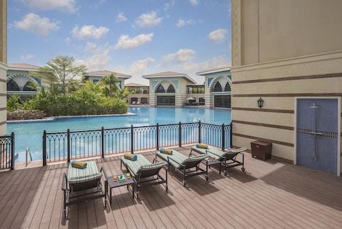 Jumeirah Zabeel Saray Royal Residences,