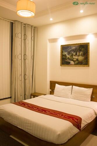 Nam Son Hotel, Quận 1
