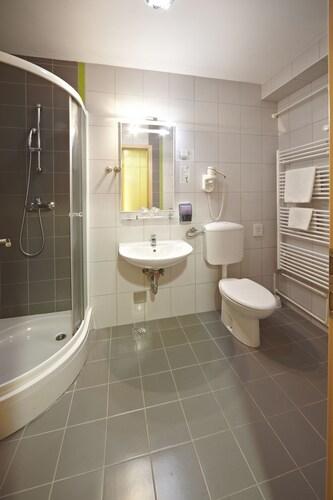 Hotel Vila Higiea - Terme Dobrna, Dobrna